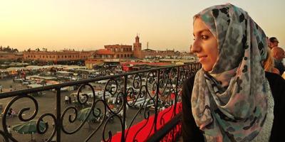 Sara de Salam Marrakech de perfil