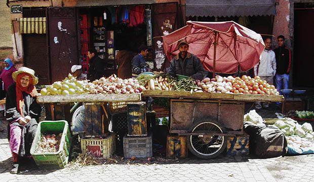 consejos para viajar o ir a marruecos con la comida y bebida