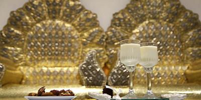 tronos de un matrimonio musulmán
