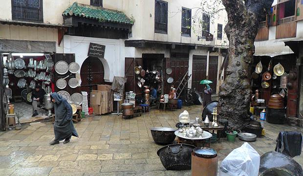 La Plaza Seffarine, otro lugar imprescindible que ver en Fez