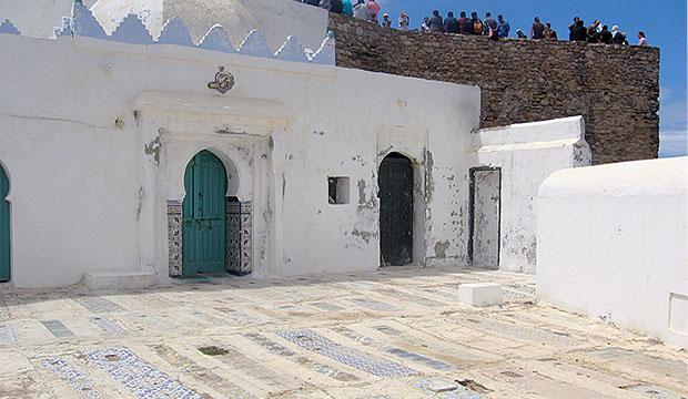 El Mausoleo de Sidi Ahmed El Mansur es uno de los lugares más mágicos que visitar en Asilah