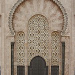 Gran Mezquita Hassan II. Puerta principal de acceso