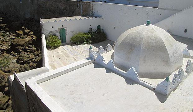 la cúpula del mauselo de Sidi Ahmed El Mansur que visitar en Asilah