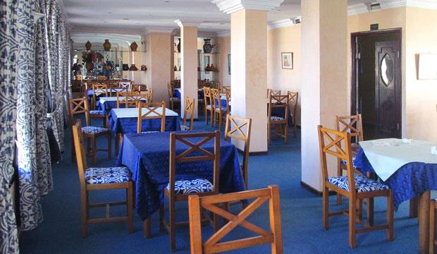 Comedor del Hotel Zelis en Asilah
