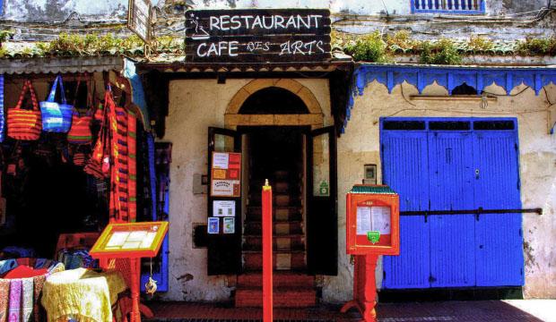 En el Restaurant Des Arts puedes comer en Essaouria con un ambiente diferente
