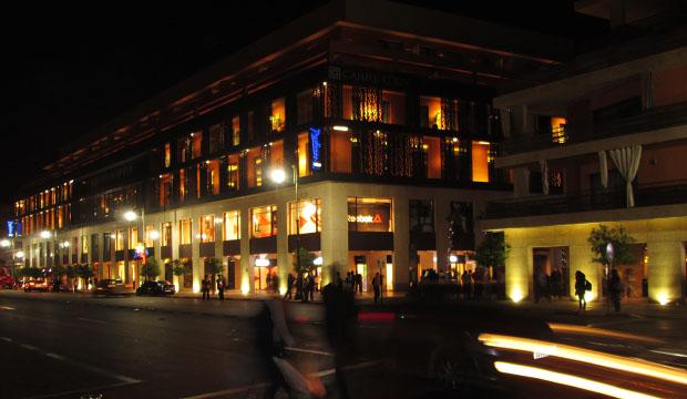 Si queremos visitar Marrakech de la forma más completa posible debemos disfrutar de la noche en el Gueliz y el Hivernage