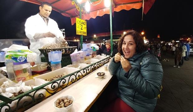 Para comer en Marrakech una opción muy socorrida son los puestos de la Plaza Jemaa El Fna