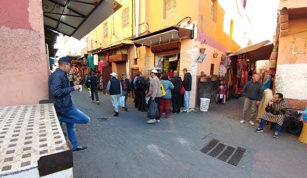 Si quieres merendar en Marrakech un rico batido el puesto cercano a las entradas de los zocos es la mejor opción