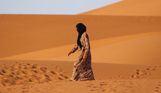 Conocer otra cultura es lo mejor que hacer en el desierto de Erg Chebbi (Sáhara)