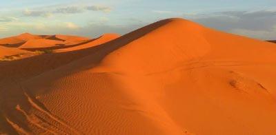 Desierto africano de Erg Chebbi en Marruecos