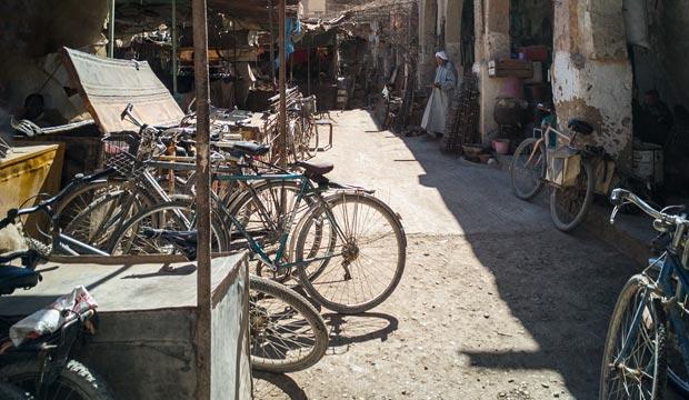 En el mercado de Rissani las bicis son protagonistas