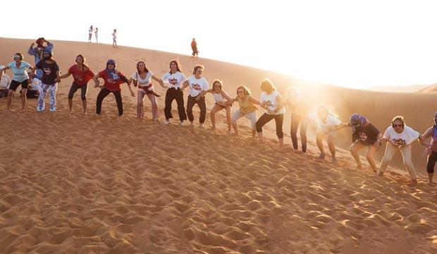 Las participantes del Desert Women Summit tendrán la oportunidad de hacer excursiones por las dunas en 4x4