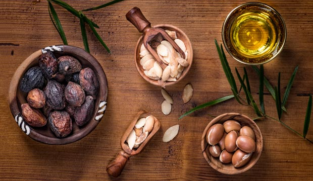 Comprar aceite de argán puro. Propiedades y y uso del aceite de argán para la cara y del aceite de argán para el pelo