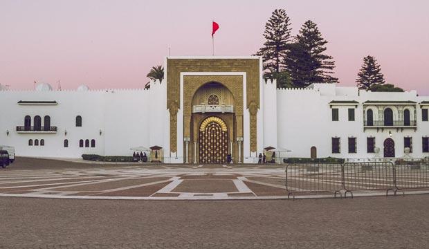 La plaza de Hassan II, donde está ubicado el Palacio real, es uno de los lugares que ver en Tetuán