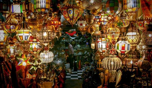 Para saber el precio de un taxi en Marrakech o cualquier otro tipo de compras en Marrakech, consulta nuestra tabla de precios