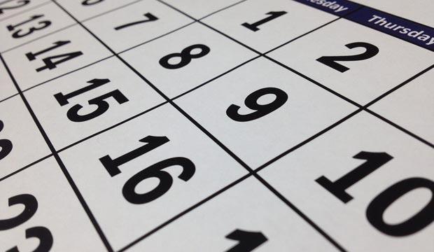 El calendario musulmán o calendario islámico tiene un origen lunar, de forma que el año musulmán comprende 354 días únicamente