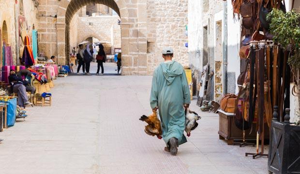 El encanto de la medina de Essaouira reside en su mezcla de culturas europea y africana