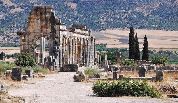 El sitio arqueológico de Volubilis es asimismo patrimonio de la humanidad por la UNESCO