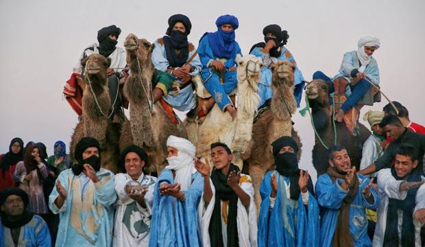 Celebración tuareg en el Festival International des Nomades