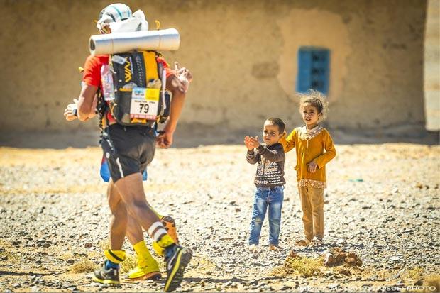 El Maratón de las Arenas, además de una carrera, tiene iniciativas solidarias