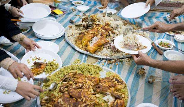 Comida familiar en Ramadán en Marruecos