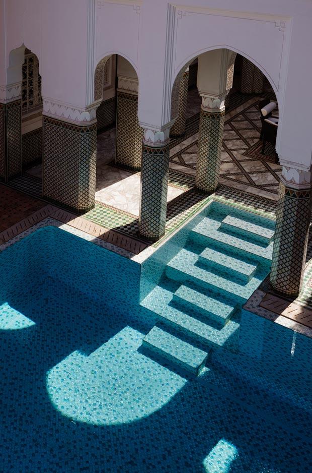 le marocain mamounia tiene impresionantes piscinas