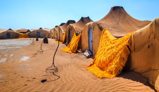 Dormir en jaima desierto de Marruecos resulta una experiencia inolvidable