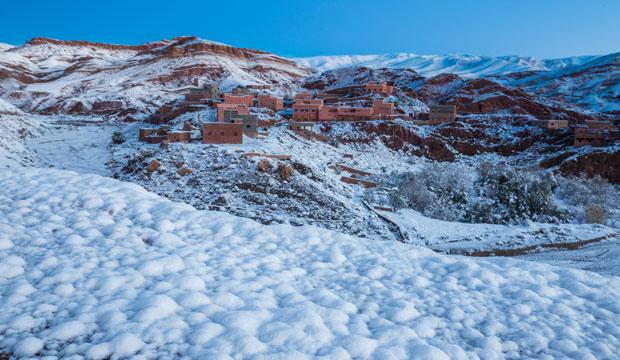 Postales de Marruecos en invierno nieve y paisajes bucólicos