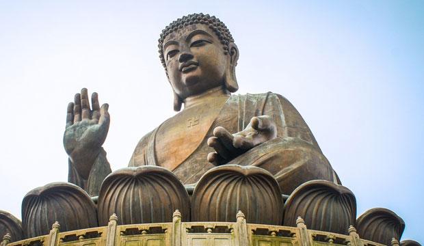 La manita de Fátima tiene paralelismos con las manos de Buda