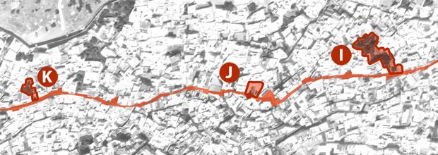 Una de las recomendaciones que hacer en Chaouen es recorrer la avenida principal
