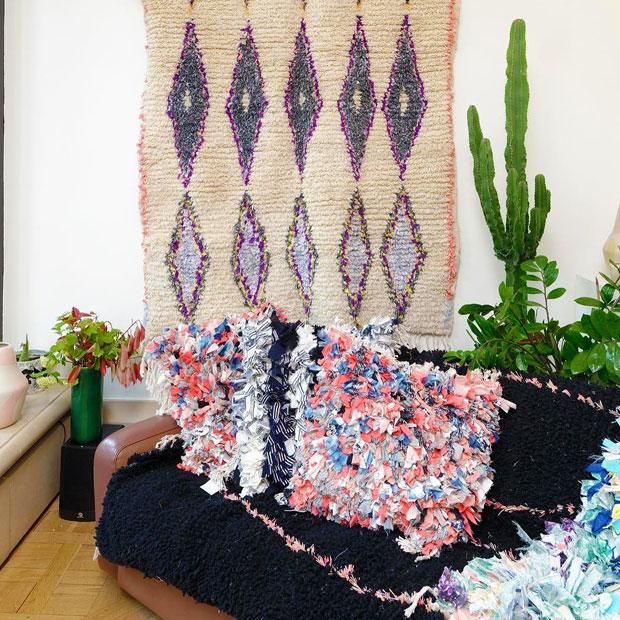 Calla Haynes también ofrece la posibilidad de encargar una alfombra personalizada de cualquier tamaño, color y diseño a un artesano marroquí