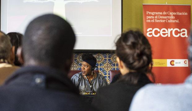 El Árbol de las Palabras es una iniciativa del FCAT que engloba mesas redondas, cursos y webinars