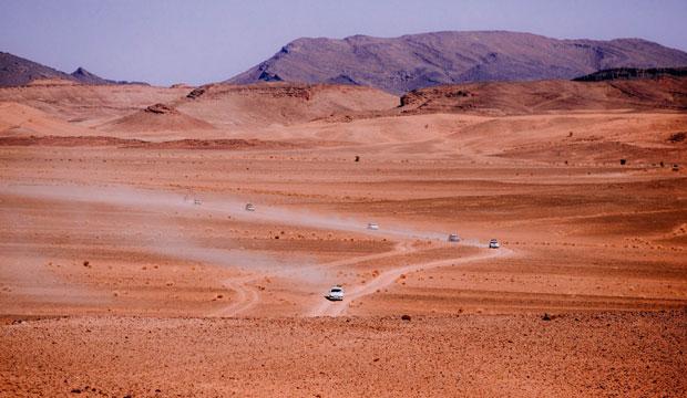 Las diferentes etapas que comprenden el Uniraid atraviesan infinitos horizontes de dunas y ríos de arena