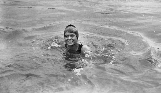 Mercedes Gleitze fue la primera persona en cruzar a nado el Estrecho de Gibraltar